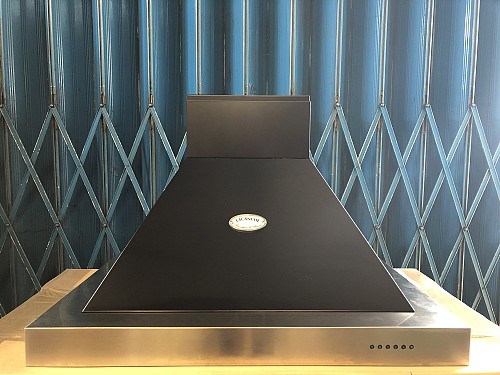 Lacanche Brasserie Hood 900mm Black / Chrome